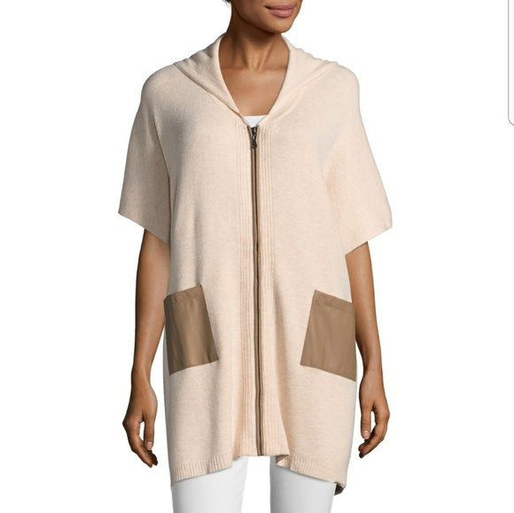 Walter Baker Sweaters - NWT Walter Baker Michelle Hooded Poncho, Size S